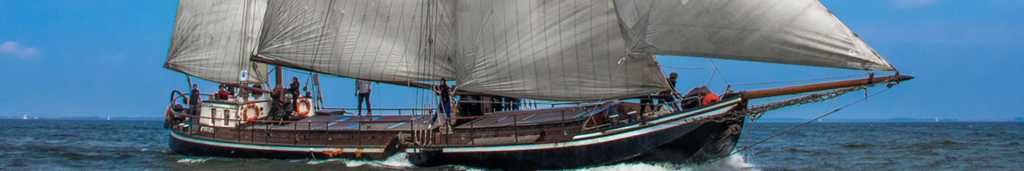 Ayay Sailing